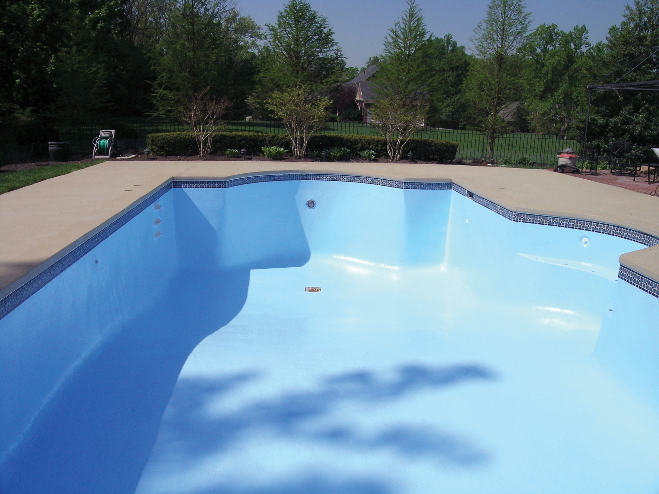 Swimming Pool Paint - INYOPools.com