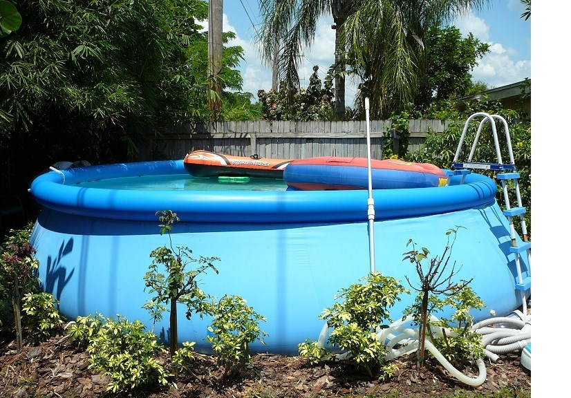 you bought an intex pool last year and your water flow is way down water is not clear and the intex salt chlorine generator wont work because the water - Intex Pools