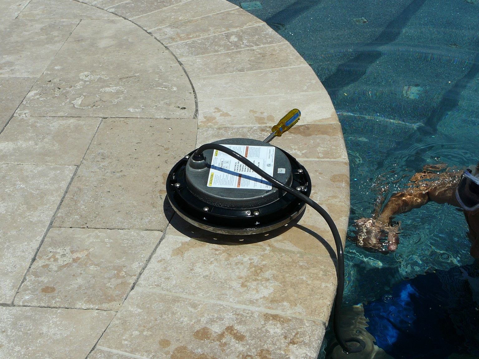 how to replace a pool light fixture inyopools com rh inyopools com Lighting Circuit Wiring Diagram swimming pool lighting wiring