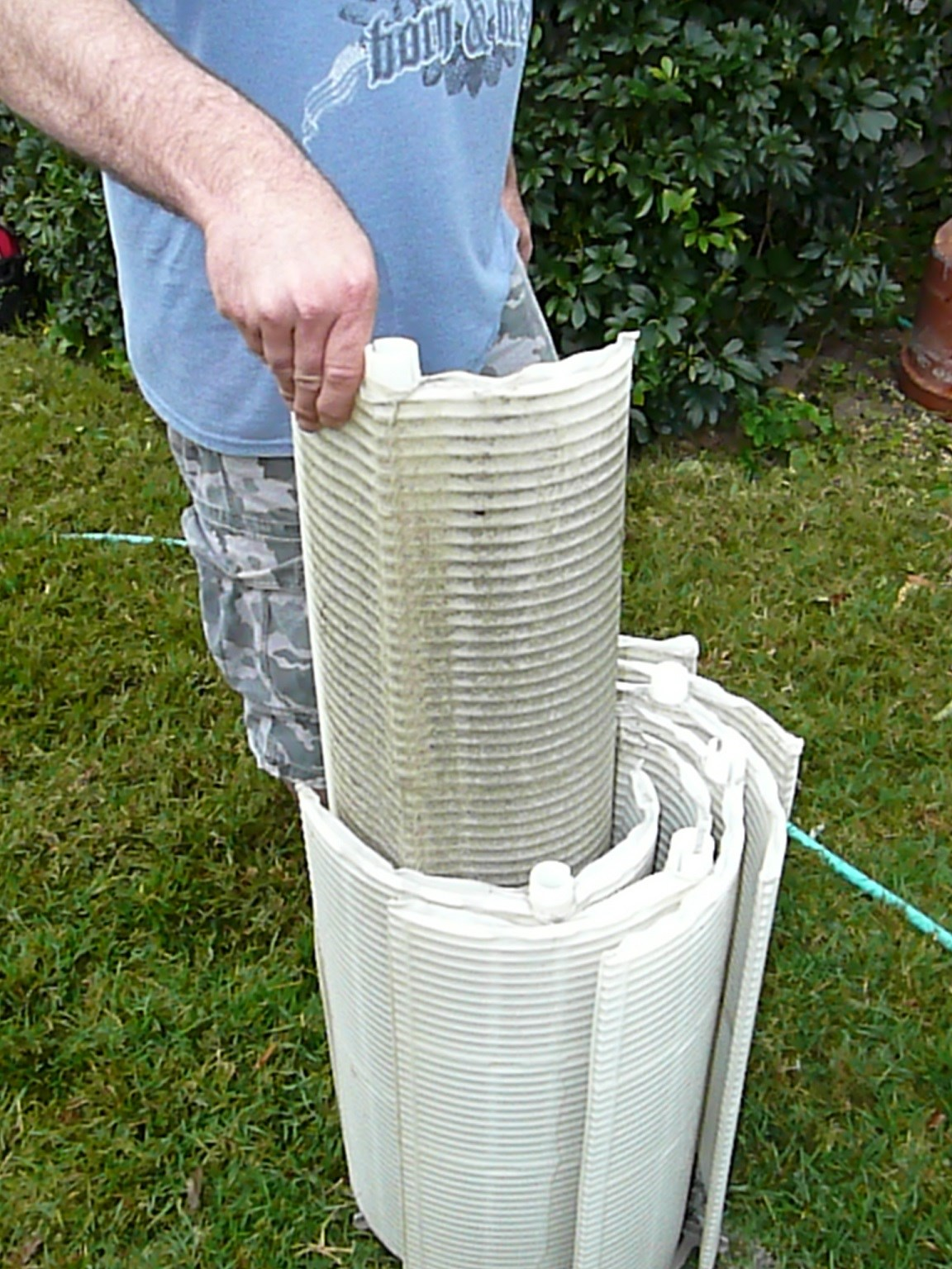 Periodically you have to clean the debris and contaminants out of your Hayward  DE Filter. This process can be done at three levels: 1- by backwashing the  ...
