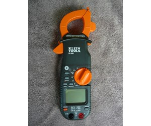 How To Use a Clamp Ammeter to Test a Pool Pump Motor