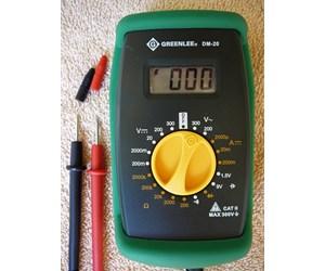 How To Use a Multimeter to Test a Pool Pump Motor - Voltage