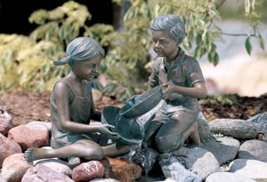Aquascape Boy & Girl Sitting With Pouring Pans - 98541