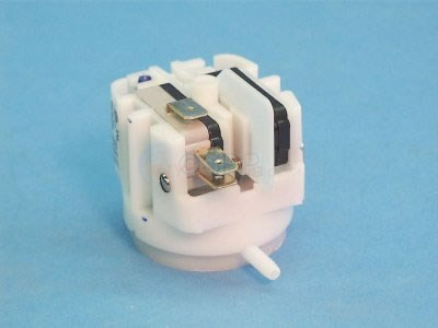 Vacuum Switch, SPDT, Radial Spout - VR11120A