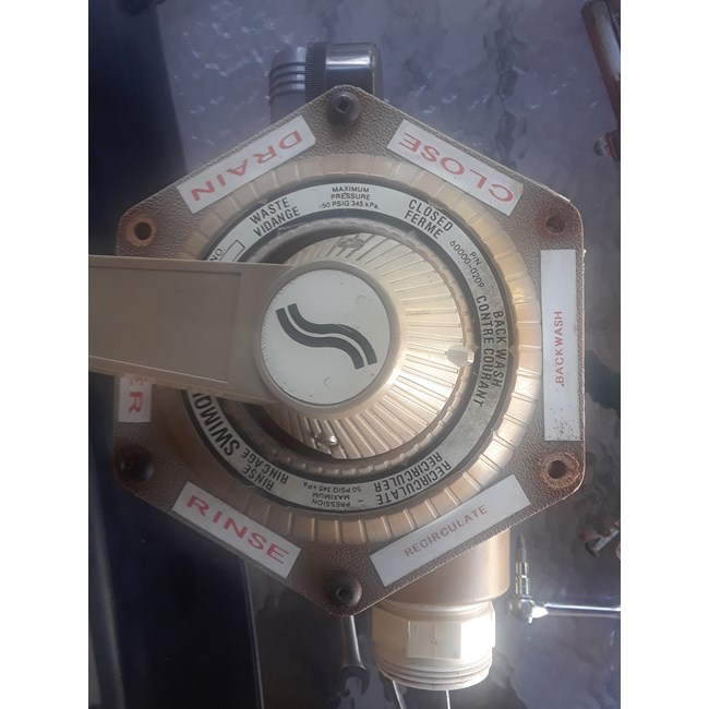 Praher Valve, Top Mount Bolt - 1 1/2in (tm-12-e)