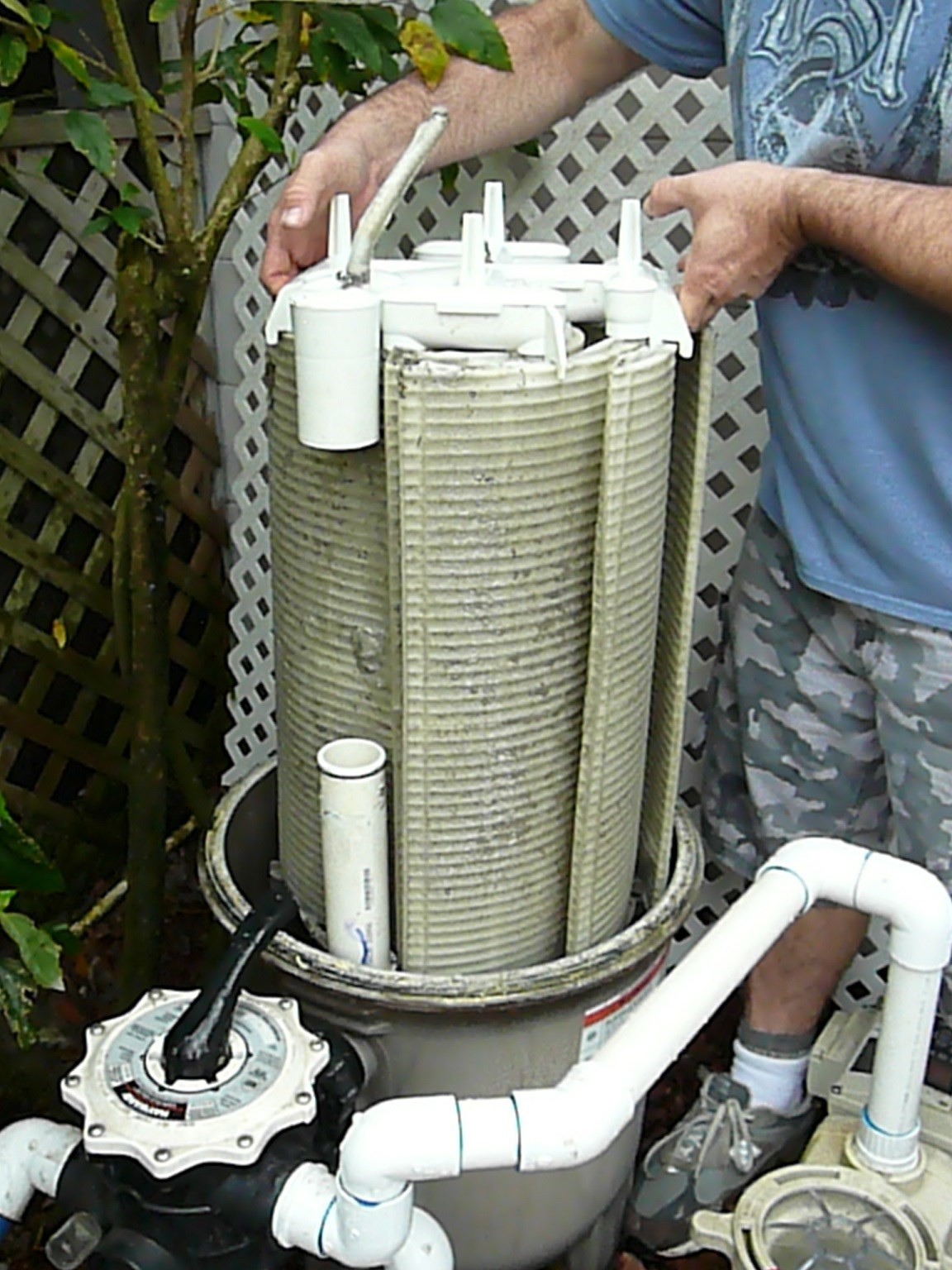 How To Clean A Hayward De Filter Grid Assembly Inyopools Com