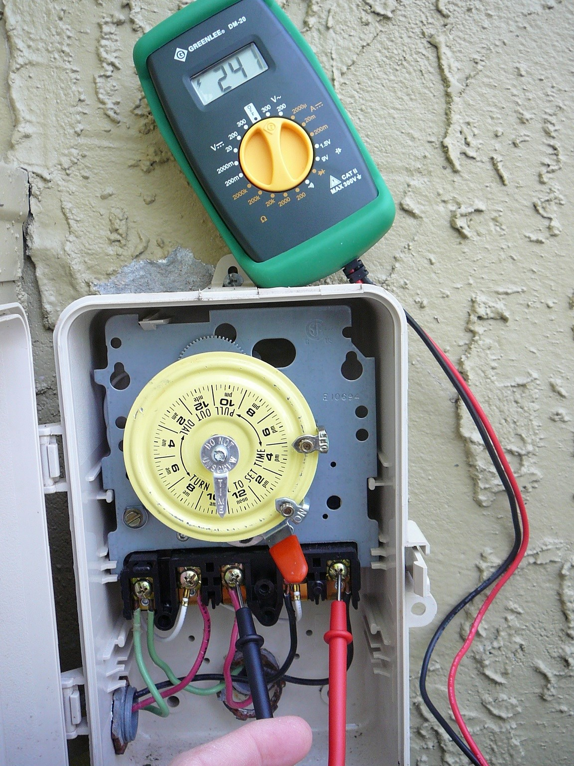 How To Use A Multimeter Test Pool Pump Motor Voltage Control Machine Wiring If You Are Installing New Or Have Troubleshoot Failing Will Generally Want Measure The Motors Supply